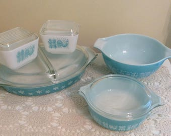 Turquoise Vintage Pyrex