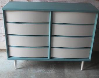 Bassett painted dresser