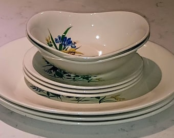 Grindley, oval floral plates, vegetable bowls, soup bowls, bread and butter plates, dinner plates, china replacement, vintage dinnerware