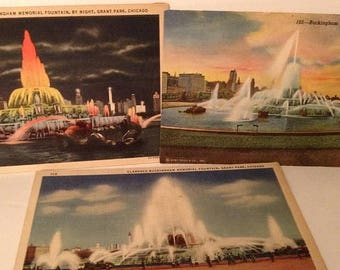 ON SALE 3 Chicago Illinois IL Three Views of the Buckingham Fountain Grant Park Day and Night Lit Old Vintage 1940's Linen Postcards