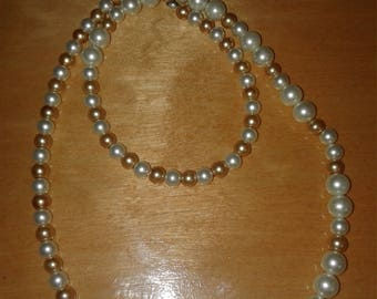 Gold and white pearl brad necklace