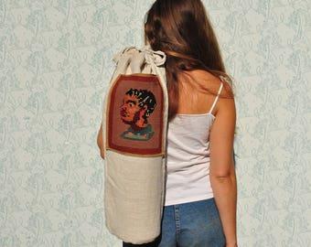 Yoga mat bag with pocket, yoga mat bag, yoga mat holder, pilates bag, upcycled bag, repurposed bag, yoga mat carrier, recycled yoga bag