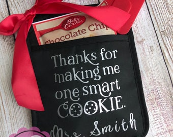 Thanks For Making Me One Smart Cookie - Teacher Gift - Teacher Appreciation - Customized with Teacher Name - Last Day of School Potholder