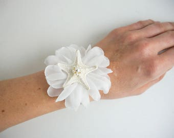 Knobby Starfish Wrist Corsage, Starfish chiffon Flower, Beach wrist corsage, Bride Bridesmaid Corsage, Beach wedding, Flower girl corsage