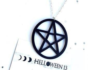 Black pentagram necklace *acrylic lasercut*