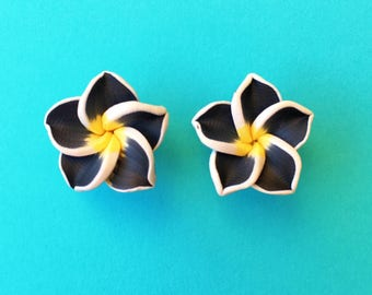 "Fun in the Sun Collection - ""Pretty Plumeria"" Earrings Tiki Hawaiian Themed - Black and Yellow"