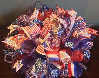 Sale Fourth of July centerpiece, 4th of July centerpiece, fourth of July decor, patriotic centerpiece, patriotic decor, patriotic decoration