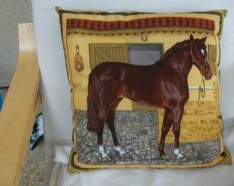 Pillow decorative pattern horse 40 x 40 cm