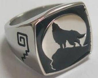 Wolf Howling at The Moon Ring
