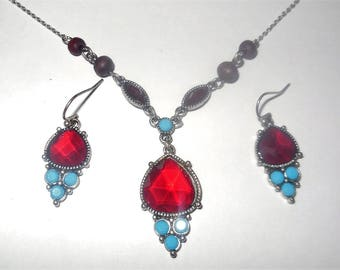 Vintage Jewelry Set Dangle Earrings Chain Necklace Red Blue Pendant Silver Tone Retro Costume Jewelry Fashion Accessories Summer