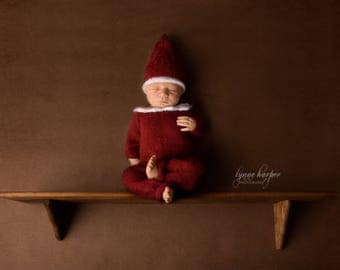 Made to order! 'Elf on the shelf' baby knit romper and hat in red, handmade newborn size romper, unique photo prop