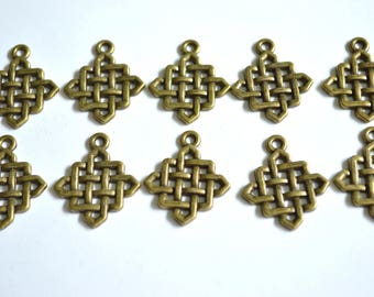 10 x Celtic Knot Charms  ~ Antique Bronze ~  Lead and Nickel Free