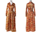 60s Paisley Dressing Gown Small, Vintage House Dress, Quilted Hostess Dress Gold Goddess Gown, Georgie Keyloun Hostess Gown Long Sleeve Robe