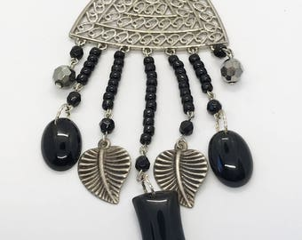 """36"""" plus extender leaf and onyx necklace"""