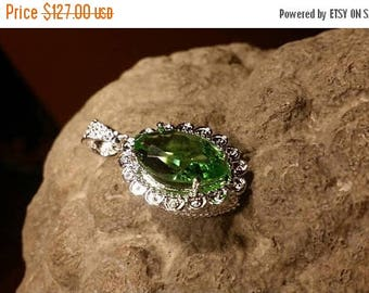 Holiday SALE 85 % OFF Peridot  Natural Pendant  Gemstones . 925 Sterling Silver