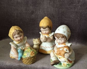 Vintage little toddler girl Gretchen mini figurines set collection. Happy thoughts series 2