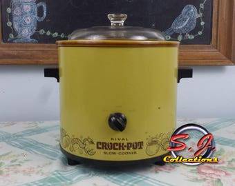 Vintage Rival Slow Cookers, Crock Pots 70's Harvest Gold 3100/2