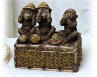 Three Monkeys Trinket Box. Hear No Evil, See No Evil & Speak No Evil