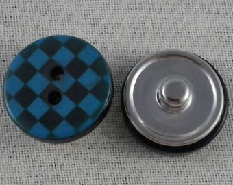 Snap button blue and black checkered