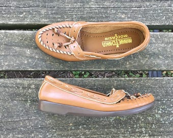 Shoes - Size 6 Tan Moccasins Leather Boho Hippie Native American Tribal Slip On Made in USA Minnetonka Womens