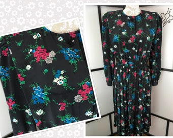 Floral Secretary Dress, Large