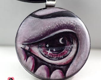 Lover's eye pendant - Bloodlust