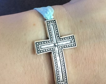 Elastic fabric bracelets