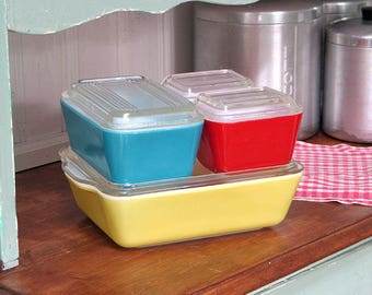 Vintage Pyrex Primary Color Refrigerator Dish Set
