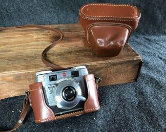 Signet Kodak 35 camera