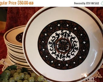 """Summer Sun Sale Set of 12 Royal China Royal-Ironstone 10.25"""" Dinner Plates - Overture Pattern in Black and Brown"""