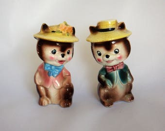 Vintage Anthropomorphic Chipmunk Salt and Pepper Shakers - Housewarming Gift, Quirky Wedding Present, Breakfast Table, Collectibles(Ref 103)