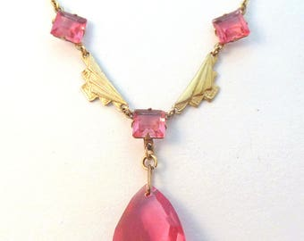 Vintage Art Deco Dainty Pink Glass Drop Bead Necklace.
