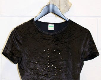Vintage 1990's  United Colors of Benetton Peace Sign MetalStudded  Velvet Velour Cropped Ladies  Tee Shirt