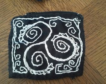 wallet black and white ttiskel made fully by hand in cotton