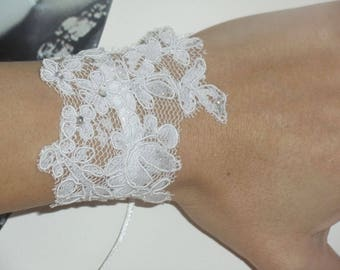 Bracelet available rhinestone white lace glove on wedding