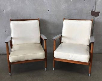 Pair of Mid Century Modern Chairs (41RQWX)