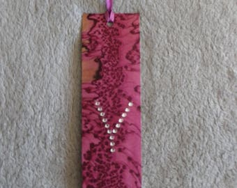 hand painted, red silk and strass@evysoie bookmark