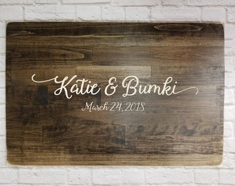 Guest Book Alternative, Unique Wedding Guestbooks, Wedding Guestbook, Wood Guestbook Sign, Beautifully Engraved Wedding Guestbook - wreath