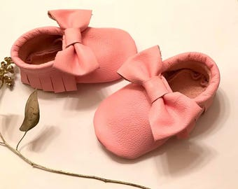 Baby Moccasins, Pink Leather Baby Moccasins shoes, Pink  Baby Booties, Pink Baby shoes, Baby Gift, Infant, Toddler shoes