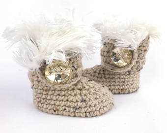 Uggs for Babies, Gold Leather Infant Boots, Fur Baby Ugg Booties, Oatmeal Walkers for Girl, Crochet Newborn Shoes, Winter Baby Clothes