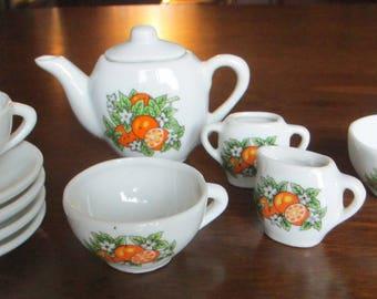 Vintage Ceramic child's Tea Set, 11 pieces, 1960's