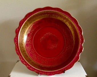 Vintage Porcelain Fine China Plate/Dish In the style of Limoges.   Measures 23cms in dia. Very Unusual.
