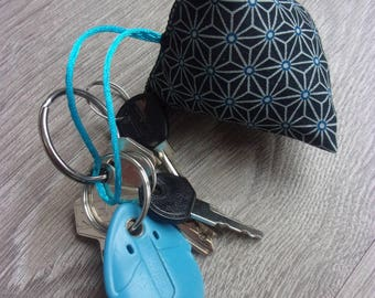 NEW PRODUCT! Keychain-berlingot spirit Japanese asanoha, black and turquoise tones, light and practical /tissu