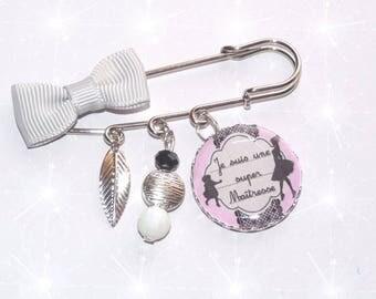 Brooch pin with gray bow, beads, SUPER teacher heart
