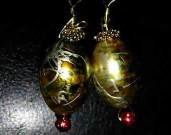 Princess gold earrings