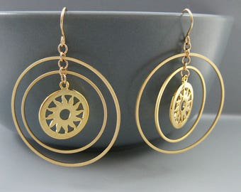 Multi Hoop Earrings with Sun Disc, Gold Uhura Earrings, Minimalist Hoops, Star Trek Jewelry - Concentric Circle Sun