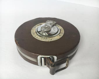 Vintage LUFKIN Rule CO Manually Retractable Fabric tape measure tools carpenter Fabric 50 Ft Carpenter's Measuring Tape the Lufkin Rule Co