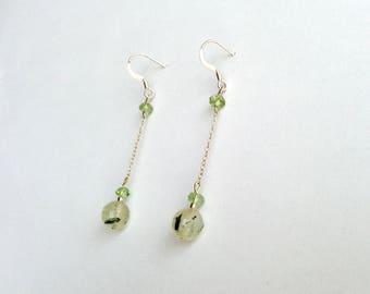 Peridot Earrings // Green Dangle Earrings // Minimalist Earrings // Gemstone Earrings // Gift for Her // August Birthstone Earrings