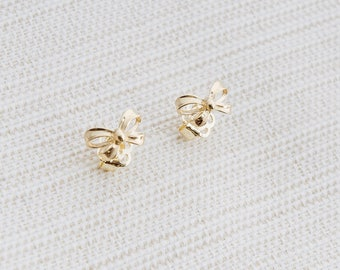 9ct Yellow Gold Ribbon stud earrings, Solid gold earrings, Ribbon earrings