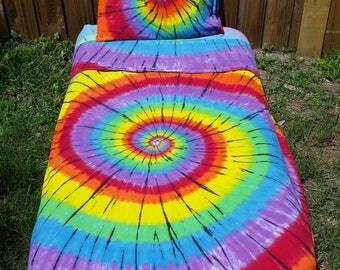 Tie Dye Sheets, tie dye bedding. Twin Size Tie Dye Sheets, Dorm Sheets, Bedding, Cool bed, Tie dye bed, College Sheets, Festival bedding